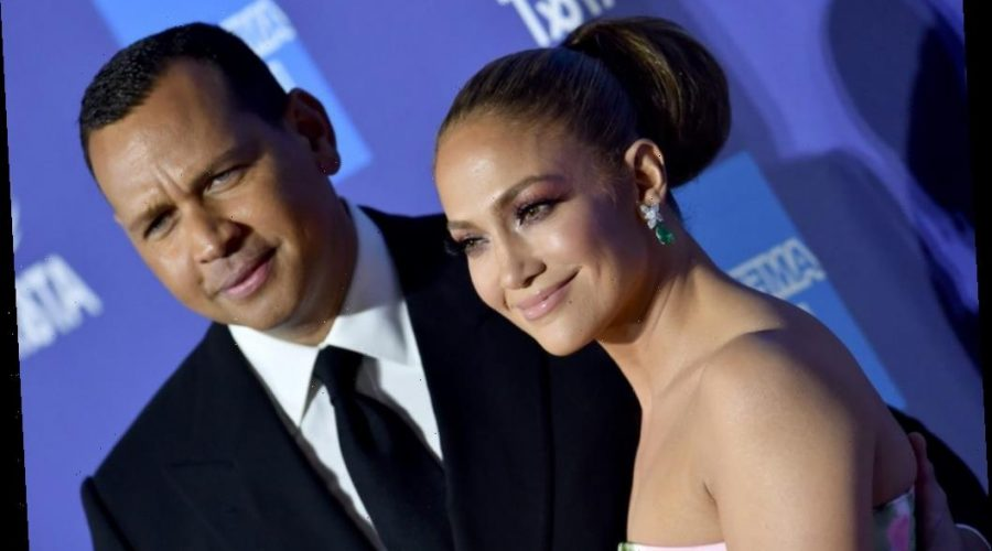 Jennifer Lopez And Alex Rodriguez Allegedly Feuding With